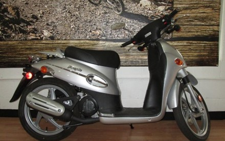 2005 Kymco People 50 Scooter
